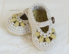 CROCHET PATTERN  Teddy Bear Baby Booties by HopefulHoneyDesigns