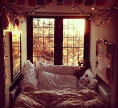 This is my kinda porn.........a soft bed with lots of pillows so snuggle up and sleep for days
