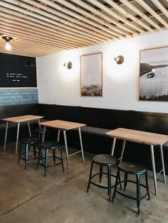 Designer Destination: The Coachman Hotel in South Lake Tahoe. A reasonably priced, modern chic hotel for hipsters and minimalists | travel by copycatchic http://www.copycatchic.com/2017/03/designer-destinations-coachman-hotel-south-lake-tahoe.html?utm_campaign=coschedule&utm_source=pinterest&utm_medium=Copy%20Cat%20Chic&utm_content=Designer%20Destination%20%7C%20Coachman%20Hotel