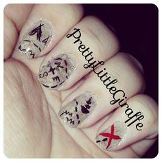 Pirate treasure map nail art
