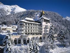 Relais & Châteaux Hotel Walther in Pontresina - Engadin Dog Friendly Hotels, High Society, Your Best Friend, Dog Friends, Switzerland, Mount Everest, Skiing, Mountains, Mansions