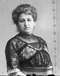Aletta Jacobs stood up for women rights. Thanks to her the women now have the same rights as the men in the Netherlands.