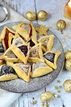 Hámán-táska recept - Kifőztük, online gasztromagazin Hungarian Desserts, Hungarian Recipes, Jewish Recipes, Sweet Cookies, No Bake Cookies, Torte Cake, Homemade Sweets, Bread And Pastries, High Tea