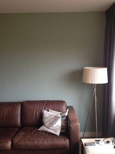 Nieuw kleurtje op de muur. early dew van Flexa