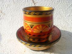 Vintage russo dipinte a mano in legno tazza con piattino di Astra9