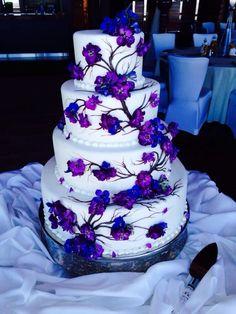 purple wedding cake purple wedding cake purple wedding cake purple wedding cake wedding cakes cakes elegant cakes rustic cakes simple cakes unique cakes with flowers Peacock Wedding Cake, Purple Wedding Cakes, Purple Wedding Flowers, Beautiful Wedding Cakes, Beautiful Cakes, Amazing Cakes, Wedding Colors, Cake Wedding, Gold Wedding