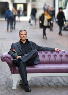 Tumanas Style Blog: George Clooney es el regalo para el día de los enamorados por el Museo de Cera Madam Tussauds !