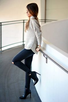 Massimo Dutti White Loose Fit Cable Knit Sweater
