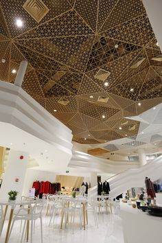 This space is not in large volume, and has functional requirement for upper and lower floors. Based upon such a functional requirement, we treat the. Ceiling Plan, Metal Ceiling, Ceiling Decor, Mall Design, Retail Design, Design Design, Showroom Interior Design, Interior Architecture, Shopping Mall Interior