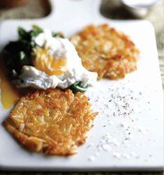 Crispy Potato Rosti Potato Rosti Recipe, Baking Recipes, Dessert Recipes, Cauliflower Cheese, Crispy Potatoes, Sticky Buns, Poached Eggs, Brown Rice, Desert Recipes