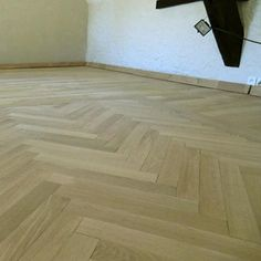 id e d co parquet b ton rompu parquet attention aux talons pinterest. Black Bedroom Furniture Sets. Home Design Ideas