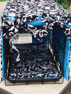 love the ties and dual fabric use in this #dog #crate #cover.