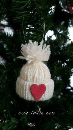 cappellino lana albero natale