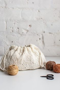 Drawn | Knit bag by Anne Weil for YarnYAY!
