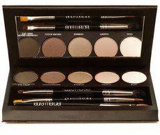 Pin for Later: 30 Palettes de Maquillage Qui Feront Plaisir à Toutes Les Beauty Addicts  Laura Mercier Palette pour les yeux (100€)