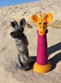 GfK-WoGi 2 Wolf, Kangaroo, Giraffe, Rabbit, Animals, Display Window, Figurines, Bunny, Animais