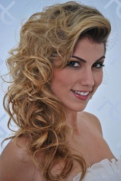 Penteado e maquiagem do Dia da Noiva do JJ cabeleireiros, um dia simplesmente inesquecível!!!
