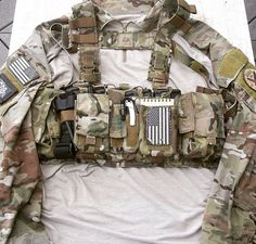 NOTE pouches, pouch placement, CAT, chest rig