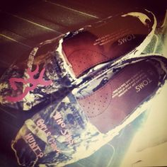 """Mossy Oak Toms with Browning logo- says """"Who Says Girls Can't HUNT?"""""""