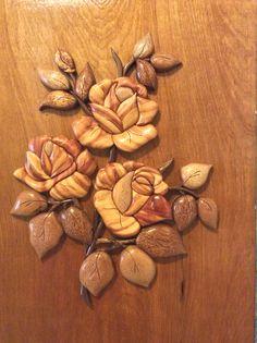Close up of intarsia roses.
