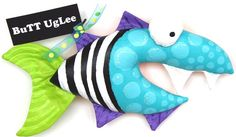 FisH named FridaY ... Wacky WaLL Art ... BuTT by buttuglee on Etsy Diy And Crafts, Crafts For Kids, Arts And Crafts, Paper Crafts, Paper Toys, Sewing Crafts, Sewing Projects, Projects To Try, Fabric Fish