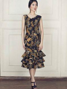 Simple Dresses, Pretty Dresses, Beautiful Dresses, Short Dresses, Model Dress Batik, Batik Dress, Batik Fashion, Boho Fashion, Fashion Dresses