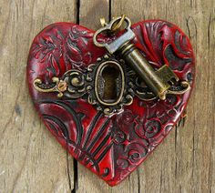 The key to my heart pendant