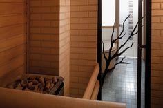 JELD-WEN-saunanovi Oksa, kylpyhuoneessa Spa-malliston lasiovi Vertico+