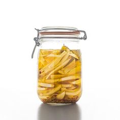 Fennel Pickle Recipe from Tasting Table: Up the licorice-y flavor of fennel with tarragon and lemon in this pickle recipe! Chef Recipes, Appetizer Recipes, Appetizers, Jar Recipes, Canning Tips, Canning Recipes, Lemon Pickle, Fennel Recipes, Tasting Table