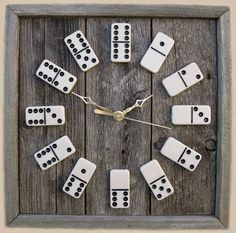 DIY: Domino Clock idea is unique and simple. It appears very eye-catching and stylish once you hang Domino clock in your house or office wall. Old Board Games, Old Games, Game Boards, Diy Board Game, Homemade Board Games, Game Room Decor, Diy Room Decor, Game Rooms, Ideas Paso A Paso