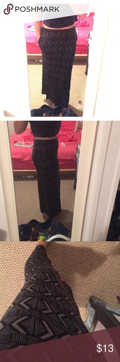"""Black & Gray Aztec Maxi Skirt With pockets, super soft and comfy. No tags, fits a medium. Hits my ankle (I'm 5'6"""") Skirts Maxi"""