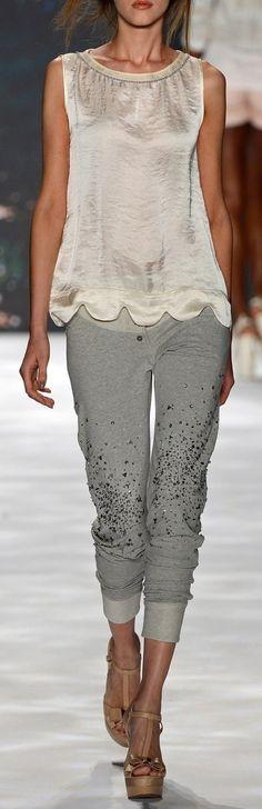 I so want these pants!!!
