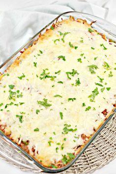 Baked Cream Cheese Spaghetti, Baked Spaghetti, Spaghetti Noodles, 9x13 Baking Dish, Easy Casserole Recipes, Italian Seasoning, Weeknight Meals, Serving Size, Great Recipes