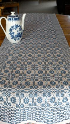 Etsy の Handwoven Table Runner Colonial Blue by ThistleRoseWeaving