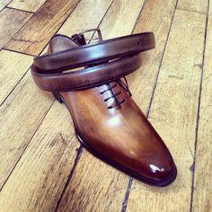 Carlos Santos for jmlegazel. Patines et créations. Vente de souliers haut de gamme.
