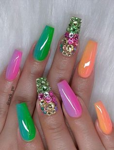 40 Fabulous Nail Designs That Are Totally in Season Right Now - clear nail art designs,almond nail art design, acrylic nail art, nail designs with glitter Almond Nail Art, Almond Acrylic Nails, Summer Acrylic Nails, Best Acrylic Nails, Acrylic Nail Art, Acrylic Nail Designs, Nail Art Designs, Summer Nails, Rainbow Nails