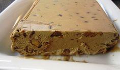 Il Semifreddo di castagne è un tipico dolce umbro autunnale preparato tritando le castagne con il miele e la grappa mentre monterete i tuorli ...