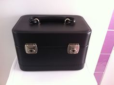 His and Hers REAL LEATHER Travel Case - Vanity Hand Luggage with Key. Cabin