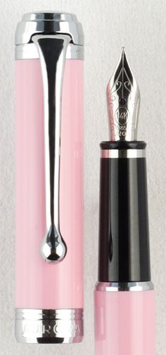 Aurora Talentum Finesse Pink Fountain Pen
