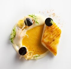 Beautiful: John dory fish served with smoked spring garlic and crayfish by chef Daniel Humm of Eleven Madison Park from NY Food Design, Gourmet Recipes, Cooking Recipes, Gourmet Desserts, Plated Desserts, Fish Dishes, Molecular Gastronomy, Culinary Arts, Food Plating
