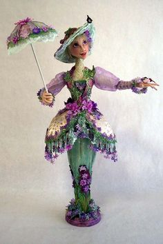 I was lucky to be able to take a class with Arley making his Lady Peacock doll. I this is the first stump doll I hav. Bjd Dolls, Doll Toys, Soft Sculpture, Sculptures, Barbie, Fabric Dolls, Paper Dolls, Doll Maker, Soft Dolls