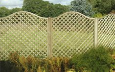 16 Inspirational Fence Ideas That Are Simple Yet Beautiful