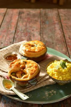 Perfect for a casual kitchen supper with friends, these warming dishes are a fresh spin on some SA favourites South African Recipes, Indian Food Recipes, Curry Pie Recipe, Malaysian Food, Malaysian Recipes, Pot Pies, Mince Pies, Malay Food, Grilled Chicken Recipes