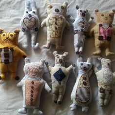 "Catherine Shinn on Instagram: ""Christmas presents !"" Instagram Christmas, Christmas Presents, Lion Sculpture, Cushions, Textiles, Statue, Photo And Video, Decor, Art"