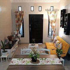 Tiny Living Rooms, Living Room Decor Cozy, Home Decor Bedroom, Home Living Room, Small Rooms, Small House Interior Design, Home Room Design, Room Interior, Small Space