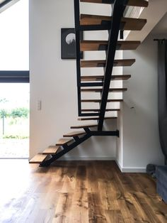 Metalowe schody jednobelkowe – Metalowe Schody Loft Stairs, Loft House, Industrial Loft, Ski, Creativity, Houses, Home Decor, Staircase Ideas, Stairs
