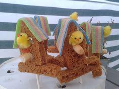 Leuk vogelhuisje van ontbijtkoek