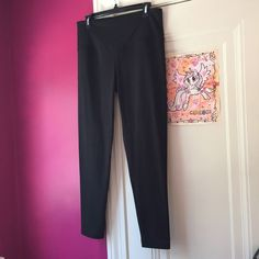 VSX Sport Knockout Tight High rise, form fitting black tight by VSX Sport by Victoria's Secret. NWT. Victoria's Secret Pants Leggings