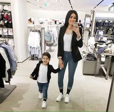 Matching mommy and son outfit Mother Son Matching Outfits, Mom And Son Outfits, Baby Boy Outfits, Twin Outfits, Little Boy Fashion, Baby Boy Fashion, Kids Fashion, Trendy Fashion, Mother Daughter Fashion