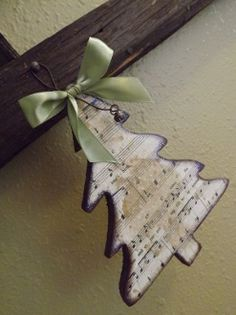 Christmas tree ornament with sheet music